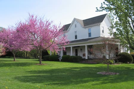 1898 Red Bud Bed & Breakfast - Wilmore - Inap sarapan