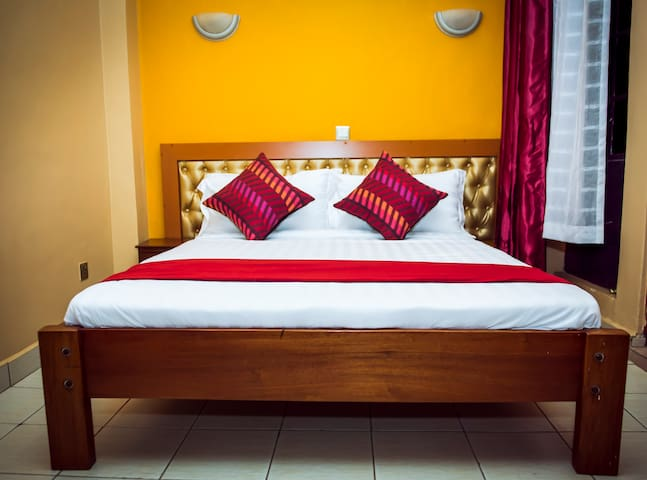 Meet the upcountry in our cozy rooms - Kiambu - Bed & Breakfast