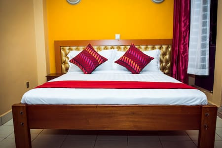 Meet the upcountry in our cozy rooms - Kiambu - Aamiaismajoitus