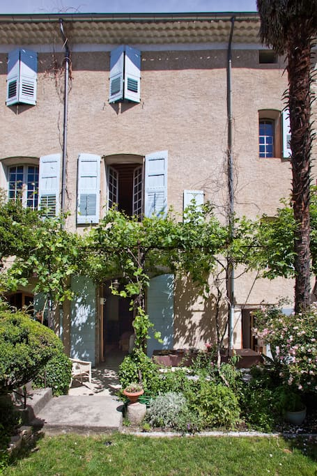 Chambre d 39 hotes de charme bed and breakfasts for rent - Chambre d hote de charme provence alpes cote d azur ...