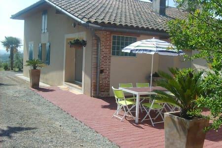 Le Refuge - Lamothe-Capdeville - Rumah