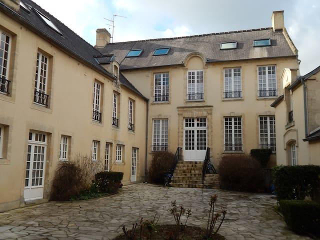 Au coeur du centre historique - Bayeux