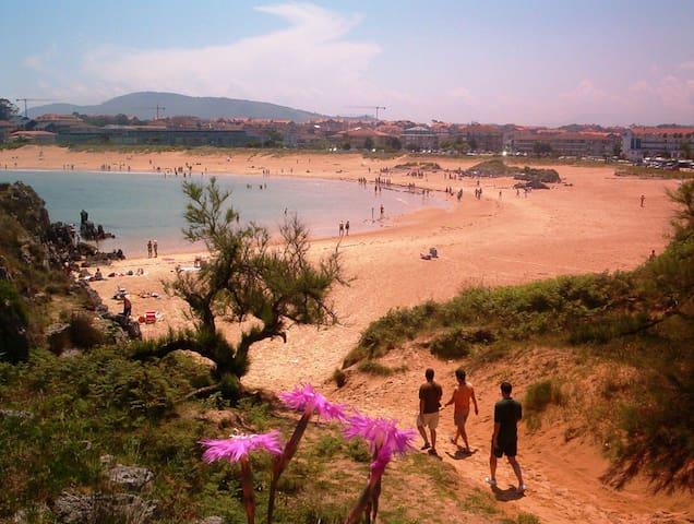 NOJA. CANTABRIA Playa RIS. SOLEADO.