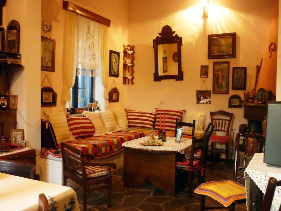 Lounge with Cretan antique furniture