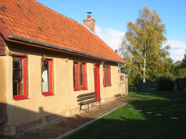 Holiday cottage in Picardy - Sentelie - Earth House