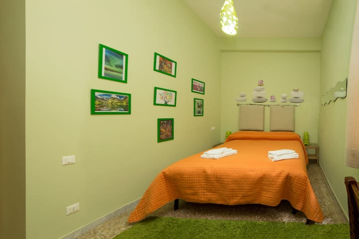 "ViDa Home Camera ""Indie"" - Roma - Appartamento"