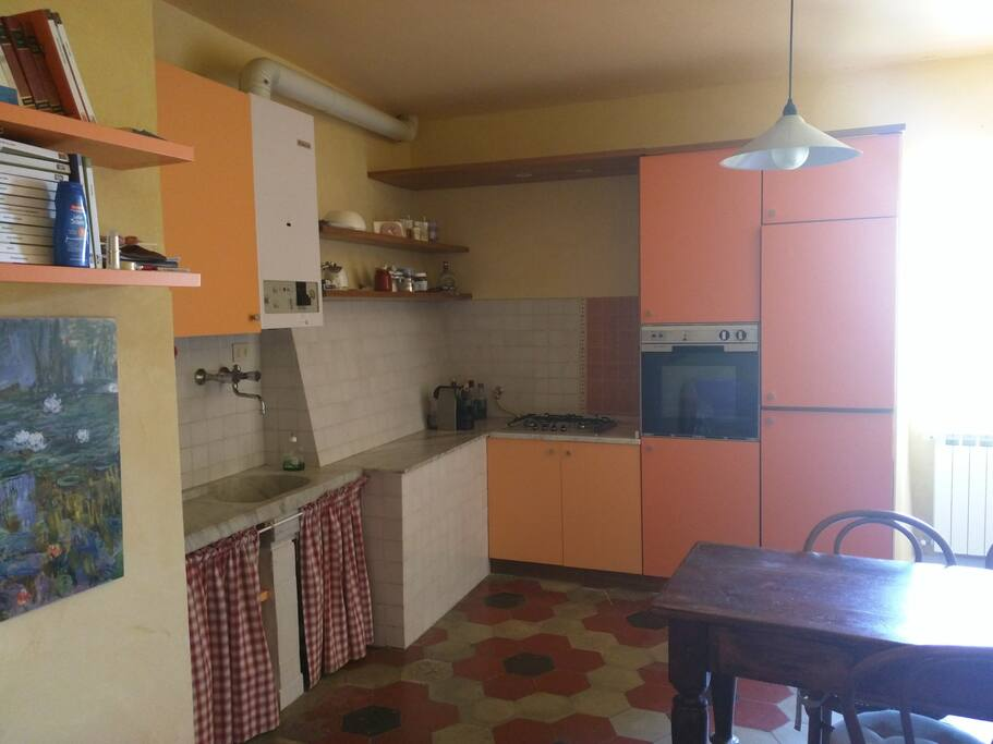 Piano principale: sala da pranzo + cucina