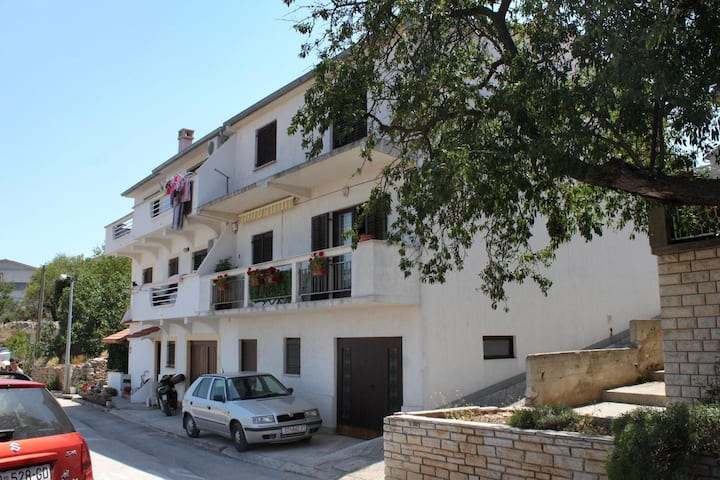 Two bedroom apartment with terrace and sea view Sali, Dugi otok (A-895-a)