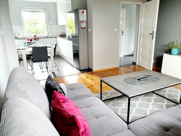 MooN - apartament + miejsce parkingowe dla gości