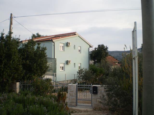 Apartments Mara 1 - Marina - Apartamento