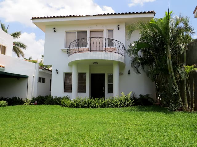 Modern Apartment in Gated Community - Managua - Appartement