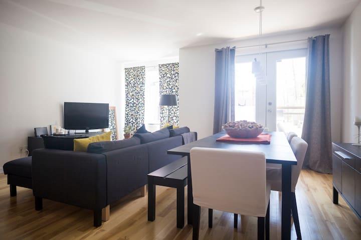 Plateau Mont-Royal 1 bedroom condo - Montréal - Appartement