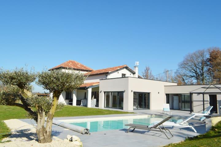 Villa d'exception au coeur du Gers