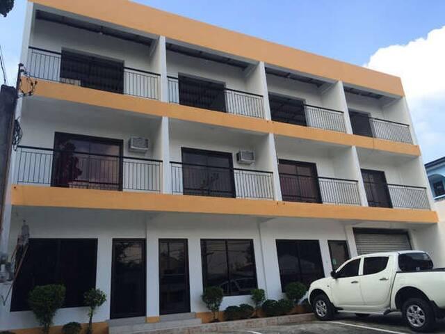 15mins to Alabang Near Evia Mall Daang Hari Room#5 - Muntinlupa - โรงแรมบูทีค