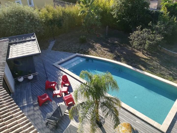 Studio T1  proche mer avec piscine