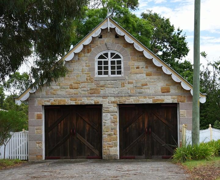 Stone Cottage - Garden View Room