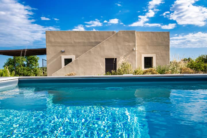 Stylish holiday in nature, see view-new pool
