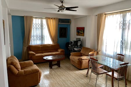 Luxury, Cosy 2 Bedroom Apartment - Accra