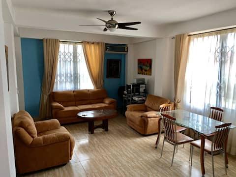 Luxury, Cosy 2 Bedroom Apartment - Accra