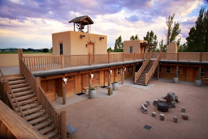 Unique & Luxurious Western Fort - Greeley