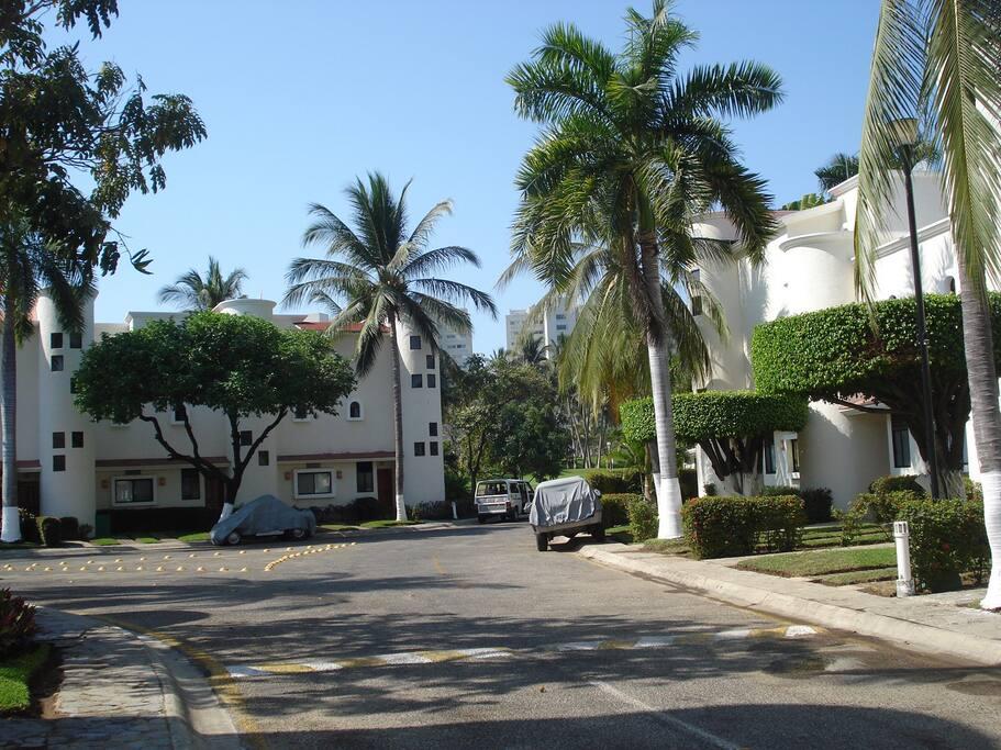 Condominio Privado doble acceso de seguridad