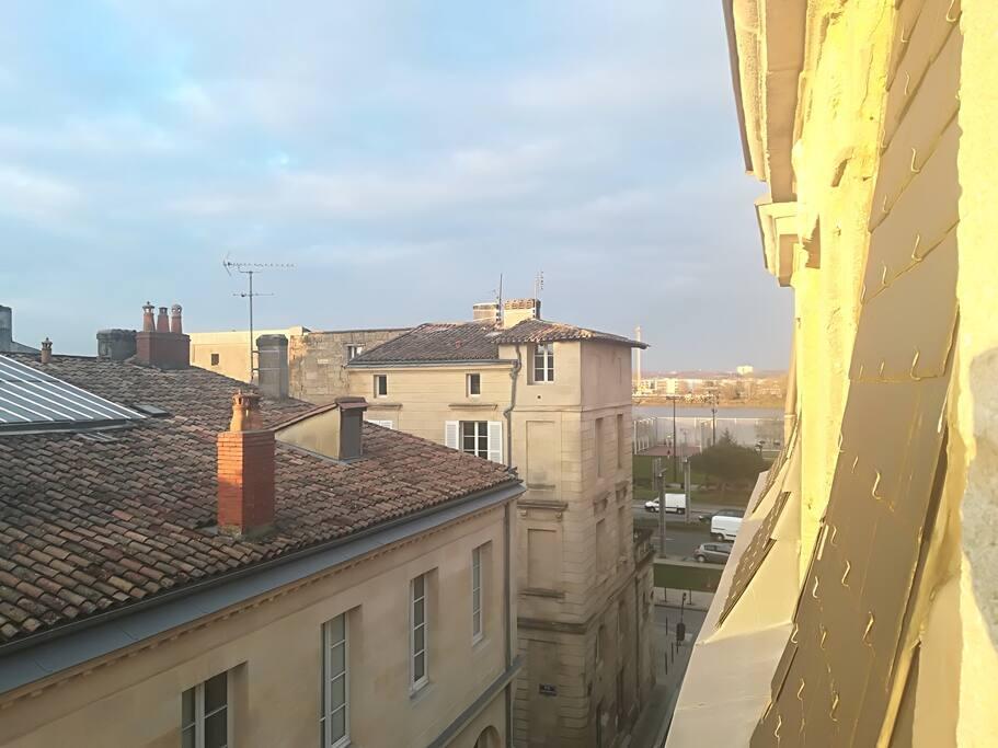 Au bord de la Garonne.