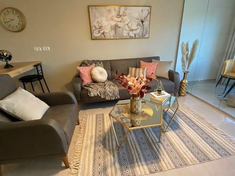 Al-Bireh Lux Suites 4D