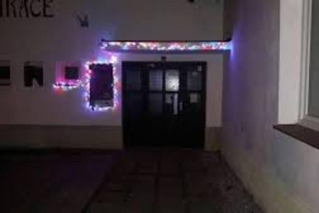 Vchod do penzionu