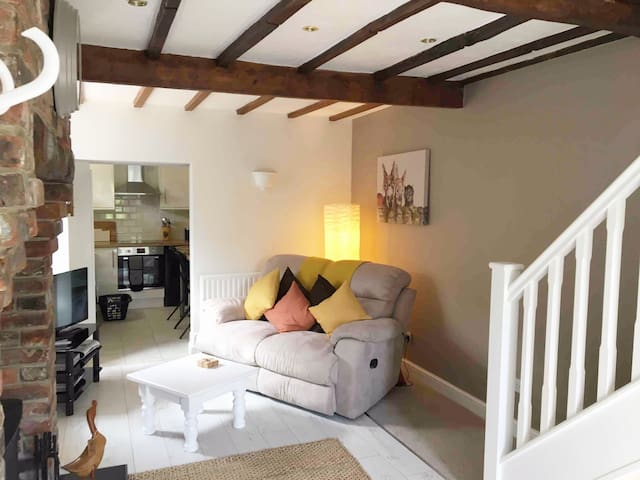 Stonewell Cottage, Hepworth
