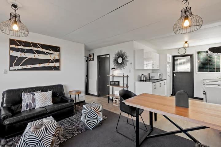 Scenic Apartment 2