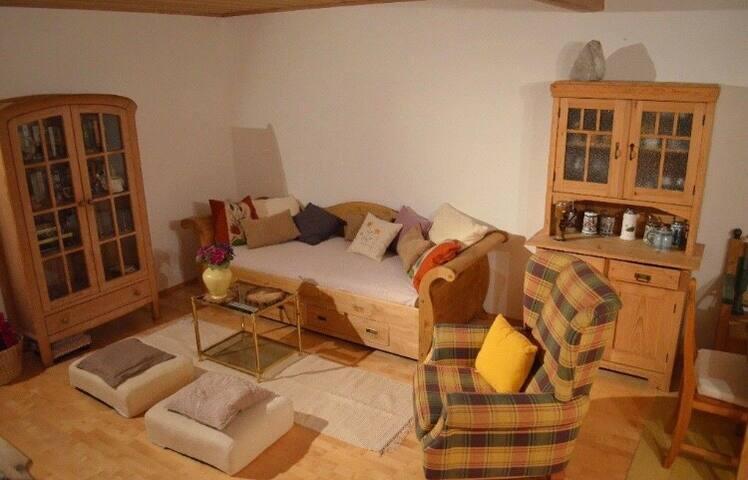 """""""Izabella""""- Bauernstil Wohnung Süden Ingolstadts"""