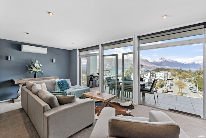 Views On Vailmont | Central Apartment | Balcony