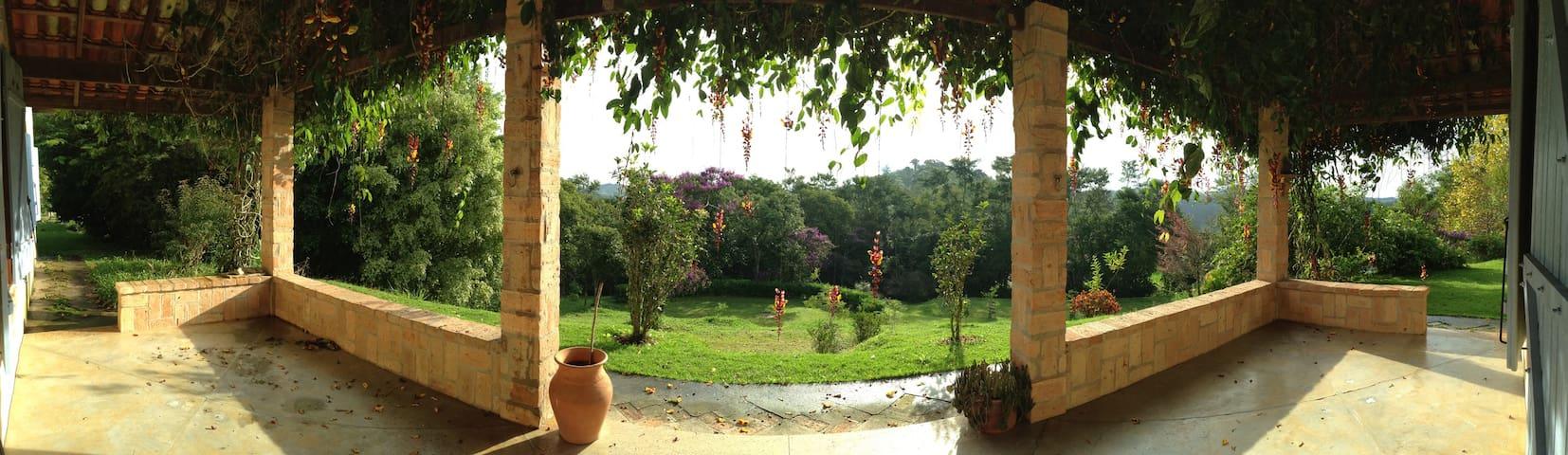 Sitio - Piscina, sauna, paz e relax - Guararema - Cabaña