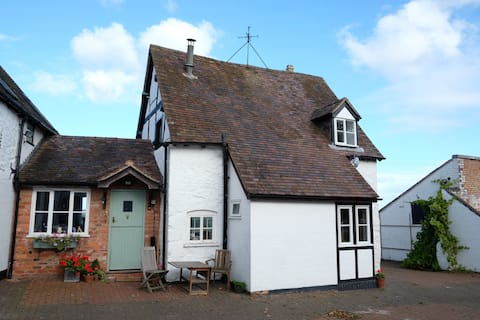 The Gardener's Cottage - a countryside oasis.