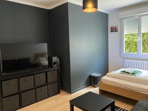 Chambre+SDB privée dans maison au calme + pt dej