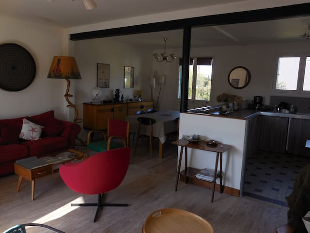 Maison avec jardin bord de mer - Quettehou