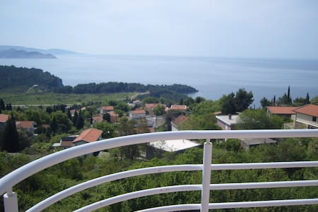 Penthouse with amazing Sea views! - Sutomore - Apartment
