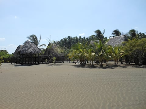 Les cabanas de la playa Pachamama