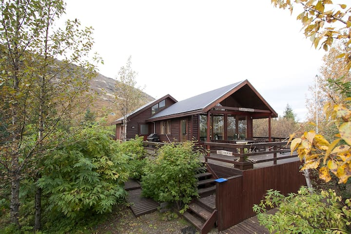 Wonderful and spacious cabin on Golden Circle WiFi