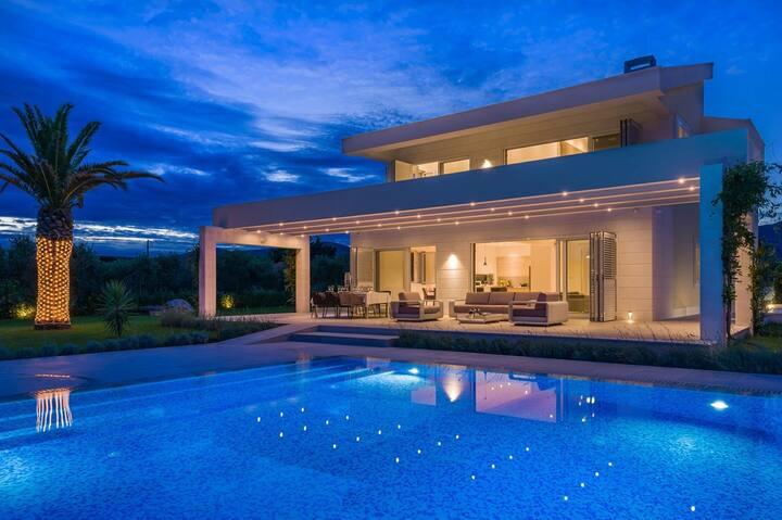 Villa Red Land