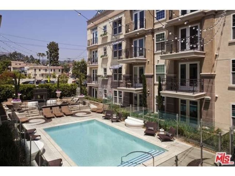 BEST Hollywood Los Angeles Luxury Apartments For Rent In Los An