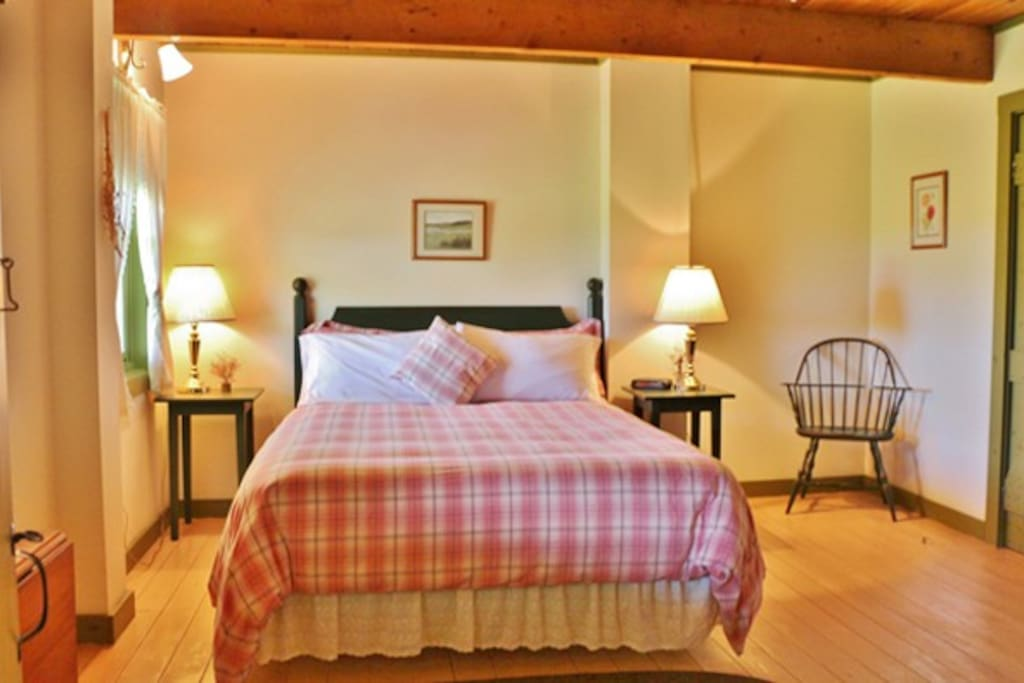 Perfectly country bedroom with private bath