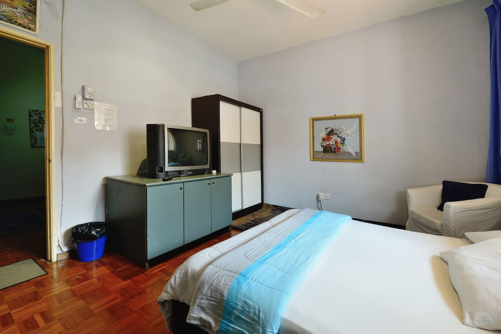Guest's Favourite Room. Affordable and Comfortable.