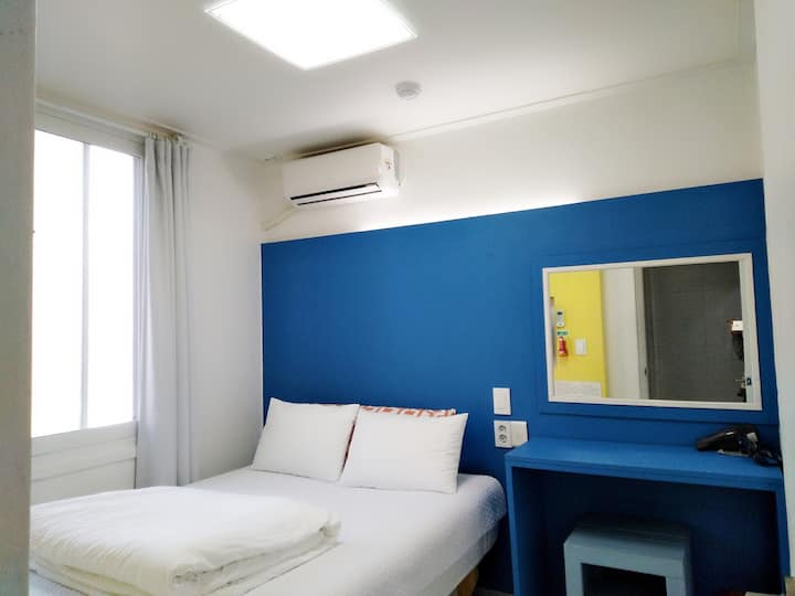 Slow Citi -Simple & tidy home ~~^^Double Room