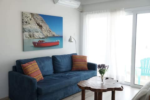 Stunning views appartment near the sea and lake