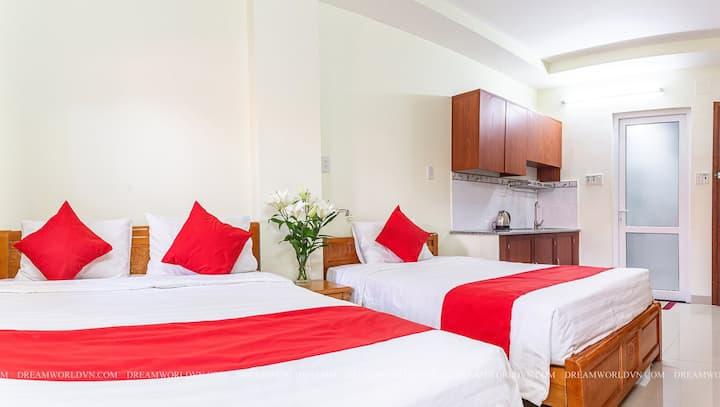 QUOC VINH HOTEL & APARTMENT DELUXE