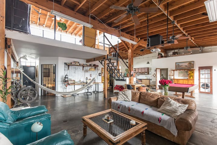 Private Room in the Arts District - Los Angeles - Loft