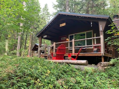 Tamolitch-Hütte in der Horse Creek Lodge