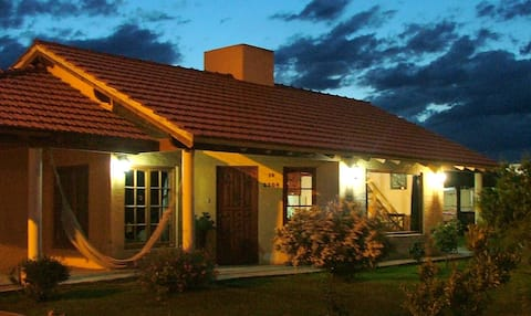 Casa para 7 personas en Claromeco con jacuzzi.