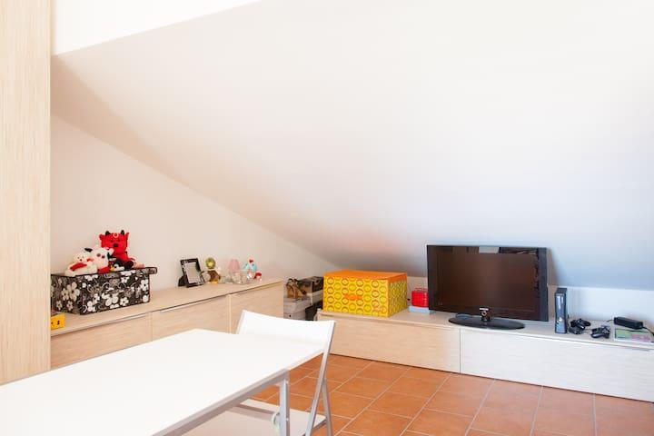 mansarda arredata - Città Giardino - Apartament